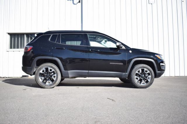 2018 Jeep Compass Trailhawk    AWD   LEATHER