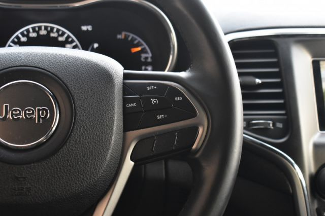 2018 Jeep Grand Cherokee Laredo  AWD | BACK UP CAM