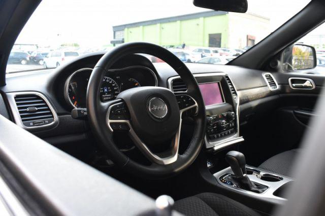 2018 Jeep Grand Cherokee Laredo  | AWD | BACK UP CAM