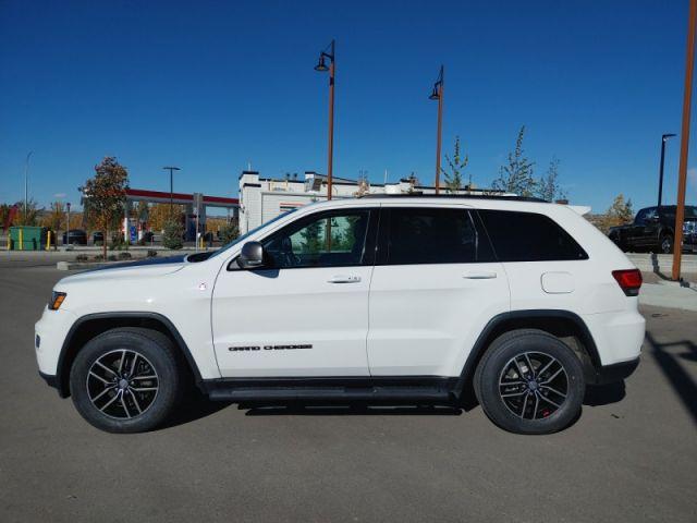 2018 Jeep Grand Cherokee Trailhawk  - Leather Seats - $306 B/W