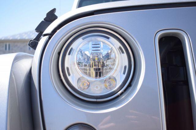 2018 Jeep Wrangler Unlimited Sahara    LEATHER   POWER WINDOWS & LOCKS  