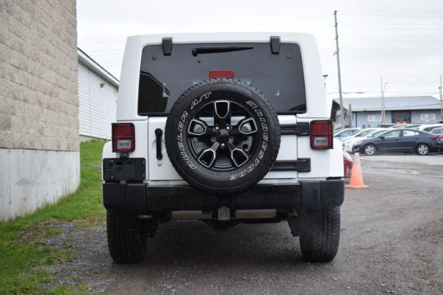 2018 Jeep Wrangler Unlimited Sahara    4X4   LEATHER  