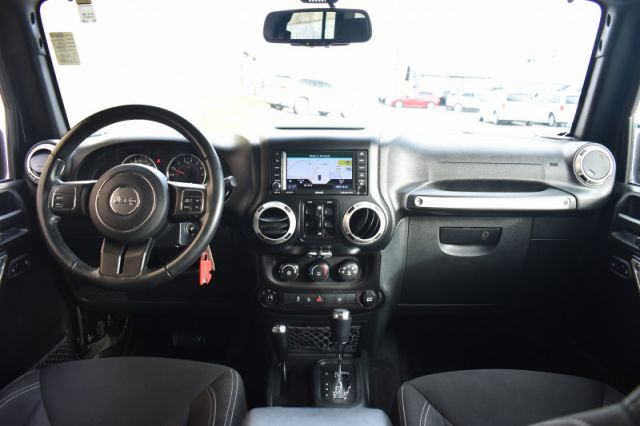 2018 Jeep Wrangler Unlimited Sahara  | 4X4 | NAV