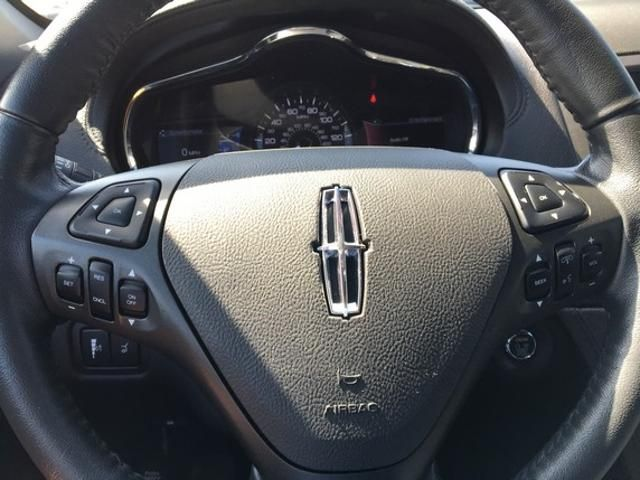 2018 Lincoln MKT 3.7L AWD w/Livery Pkg