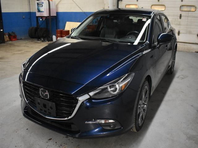 2018 Mazda Mazda3 GT * LOW KMS * ALLOY WHEELS * BACKUP CAM *
