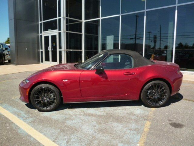 2018 Mazda MX-5 50th Anniversary Edition