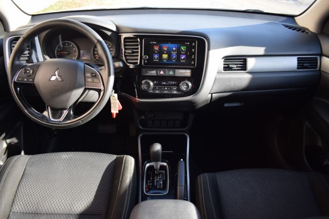 2018 Mitsubishi Outlander ES  4X4 | ANDROID AUTO & APPLE CARPLAY | SIRIUSXM READY | DUAL C