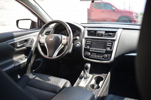 2018 Nissan Altima SV    DUAL CLIMATE   HEATED SEATS   BACKUP CAM  