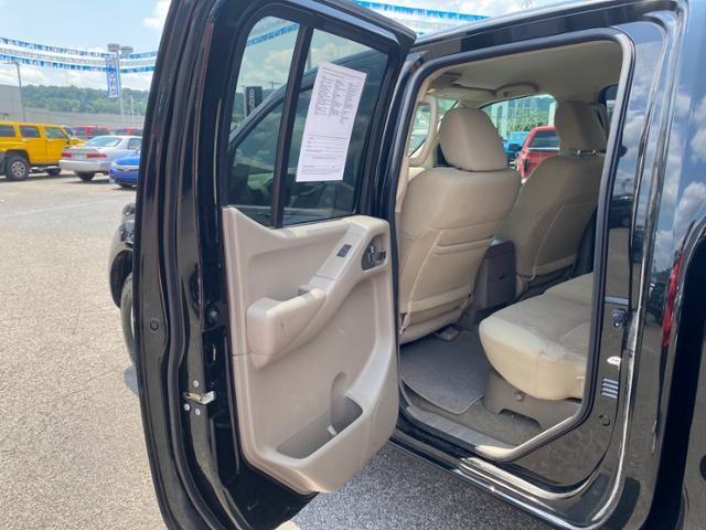 2018 Nissan Frontier Crew Cab 4x4 SV V6 Auto