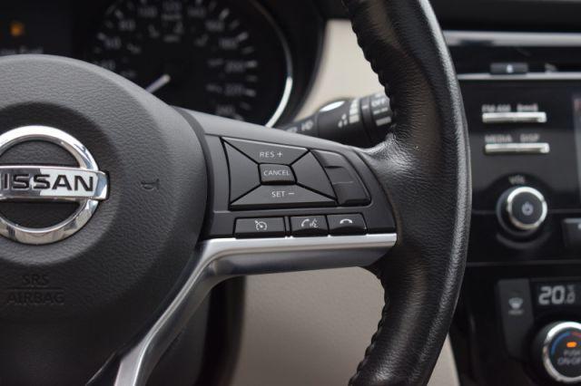 2018 Nissan Qashqai FWD SV CVT  | SUNROOF | DUAL CLIMATE |