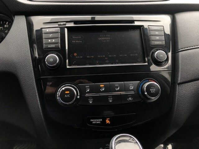 2018 Nissan Rogue FWD S