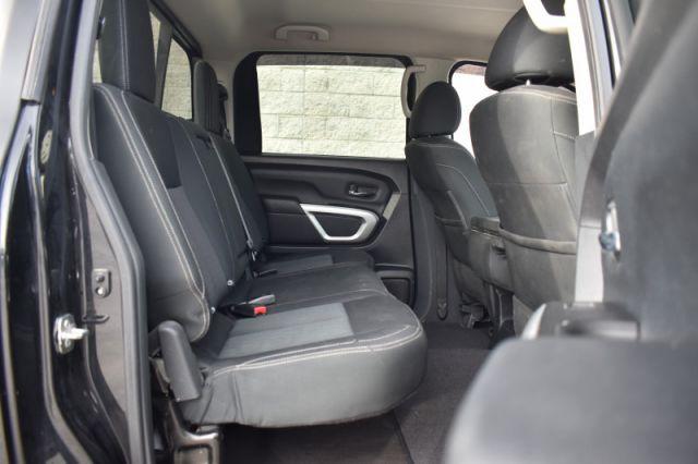 2018 Nissan Titan SV Crew    4X4   PUSH START  