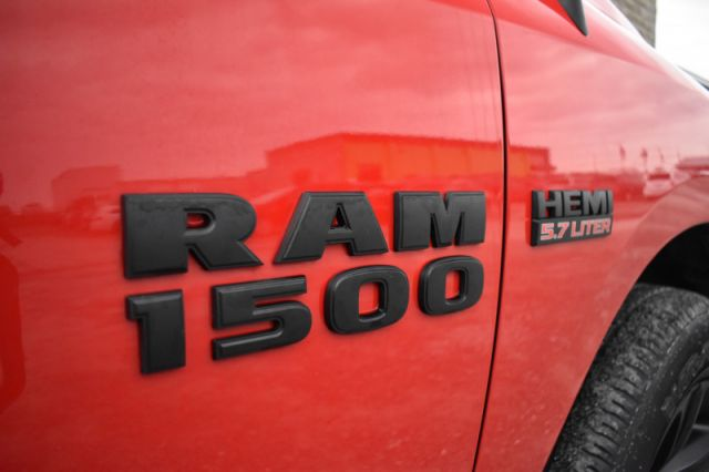 2018 Ram 1500 Night   | 4X4 | TONNEAU COVER