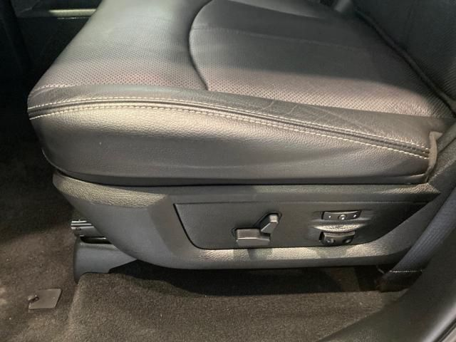 2018 Ram 1500 Laramie 4x4 Crew Cab 57 Box