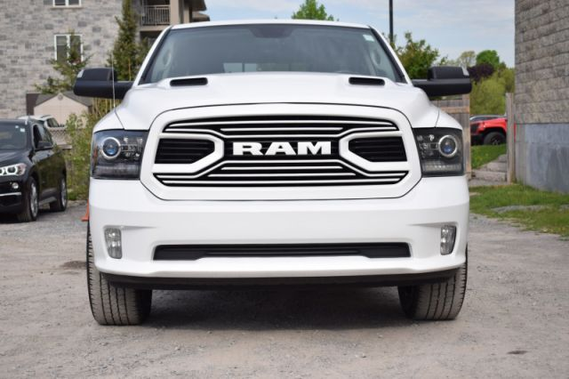 2018 Ram 1500 Sport    4X4   LEATHER  