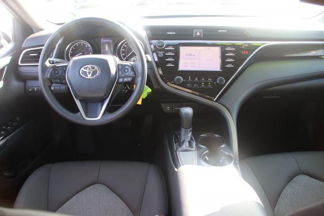 2018 Toyota CAMRY Sedan LE