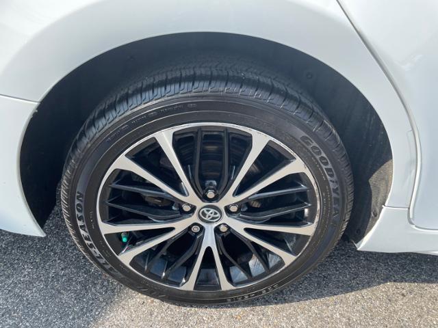 2018 Toyota Camry SE Auto