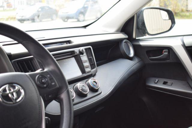 2018 Toyota RAV4 AWD LE  | LANE ASSIST | BACK UP CAM |