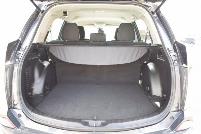 2018 Toyota RAV4 AWD LE  | HEATED SEATS | BACK UP CAM |