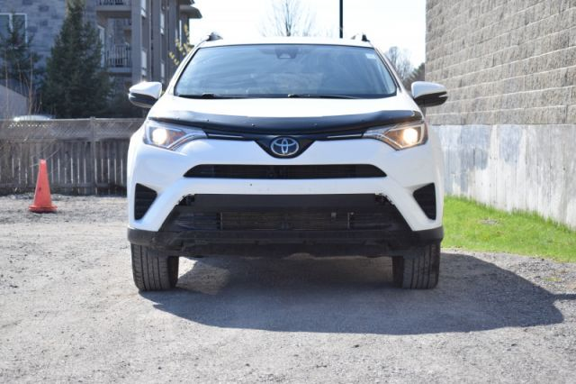2018 Toyota RAV4 LE  | AWD | HEATED SEATS |