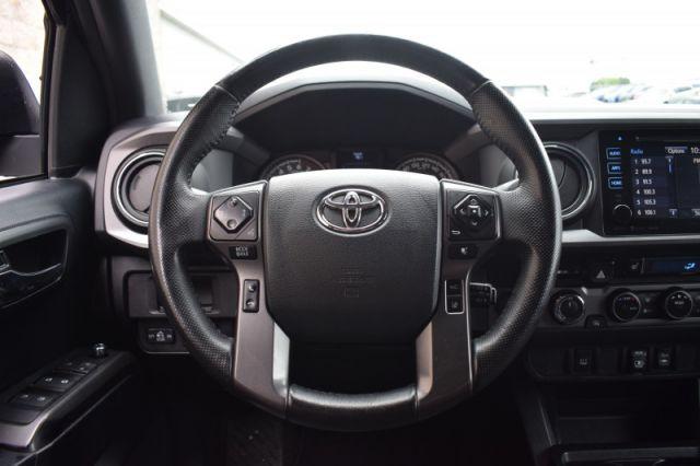 2018 Toyota Tacoma 4x4 Double Cab V6 Auto SR5  | BACK UP CAM | HEATED SEATS |
