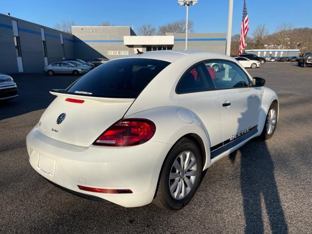 2018 Volkswagen Beetle S Auto
