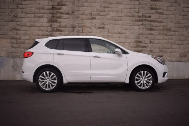 2019 Buick Envision Premium    UPFITTED FOR FLAT TOWING   PERFECT FOR OUR CANADIAN S