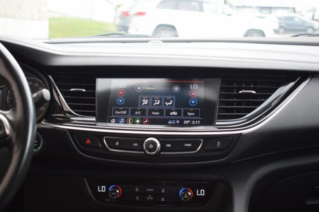 2019 Buick Regal Sportback Preferred II  DUAL CLIMATE | HEATED SEATS & WHEEL | BACK UP CAM