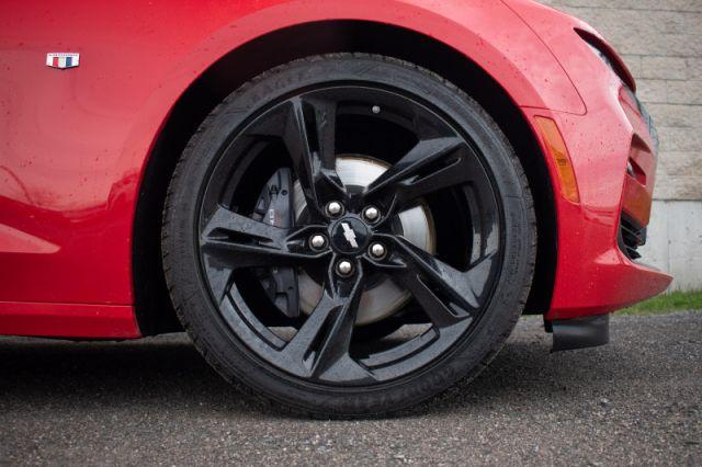 2019 Chevrolet Camaro SS    REV MATCH   BREMBO BREAKS  