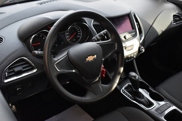 2019 Chevrolet Cruze LS  APPLE CARPLAY & ANDROID AUTO | ON-STAR READY | BACK UP CAM