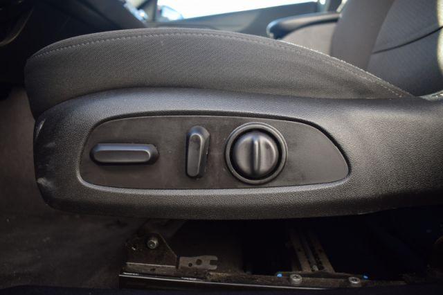 2019 Chevrolet Malibu LT    HEATED SEATS   APPLE CARPLAY & ANDROID AUTO