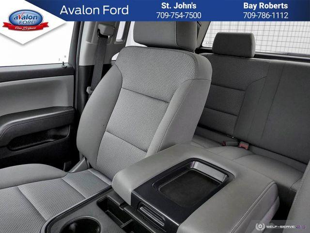 2019 Chevrolet Silverado 1500 Double 4x4 WT / Standard Box