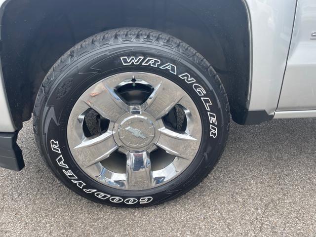 2019 Chevrolet Silverado 1500 LD 4WD Double Cab Custom