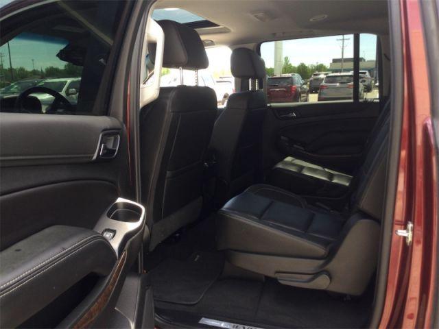 2019 Chevrolet Suburban LT Z71  - Leather Seats