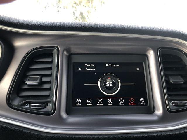 2019 Dodge Challenger SXT RWD