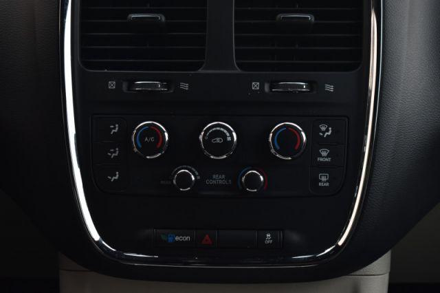2019 Dodge Grand Caravan SXT Premium Plus  - Leather Seats