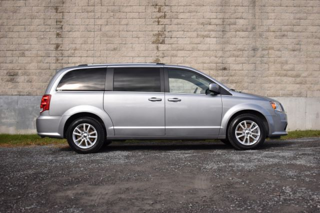 2019 Dodge Grand Caravan SXT Premium Plus  - Leather Seats