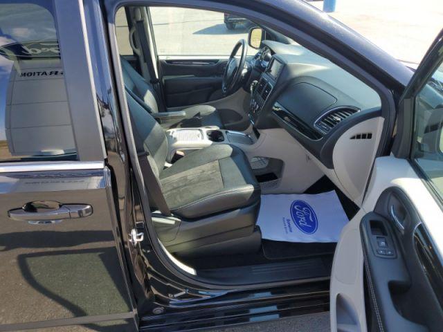 2019 Dodge Grand Caravan SXT Premium Plus  $99 / week