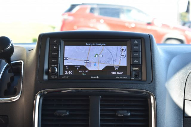 2019 Dodge Grand Caravan Crew Plus  Leather, DVD, Nav!