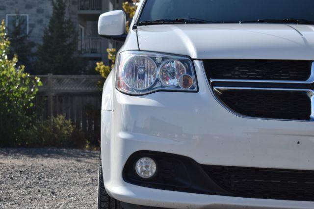 2019 Dodge Grand Caravan Crew Plus    POWER LIFT GATE   LEATHER