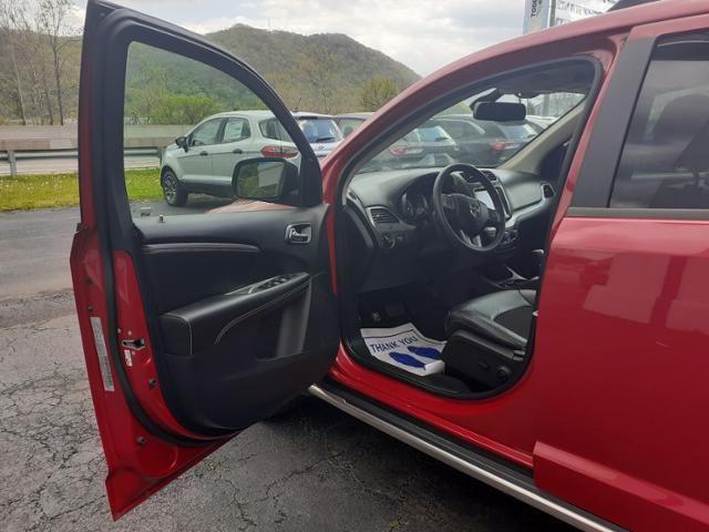 2019 Dodge Journey Crossroad FWD