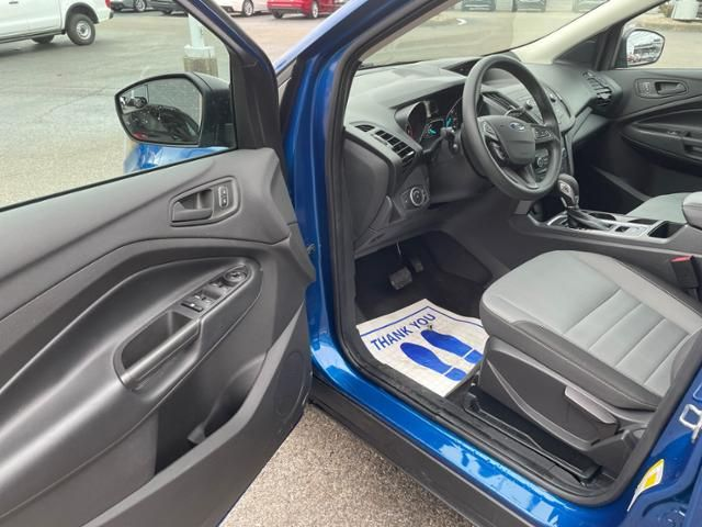 2019 Ford Escape S FWD