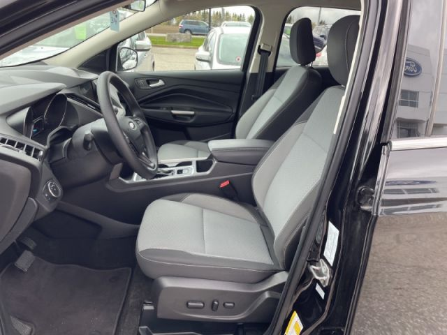 2019 Ford Escape SE 4WD    CPO Vehicle 1.9% Financing up to 72 months OAC.