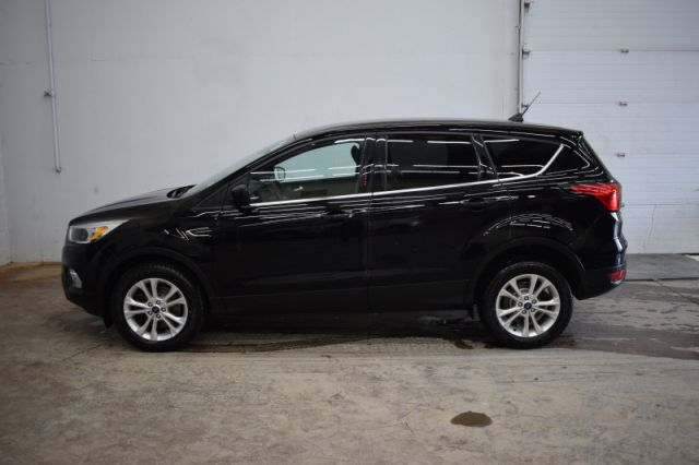 2019 Ford Escape SE 4WD  - Heated Seats -  SYNC - $159 B/W