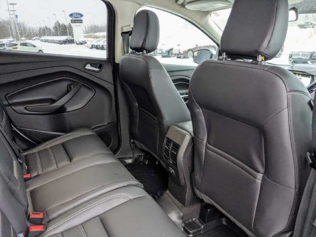 2019 Ford Escape SEL 4WD   UP TO $10,000 CASH BACK O.A.C