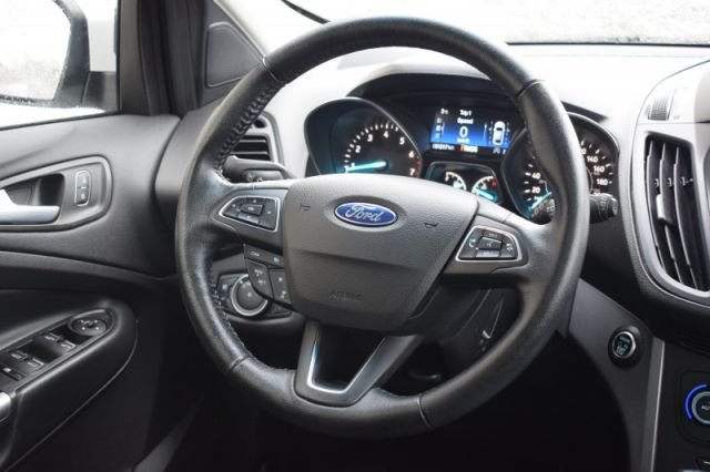 2019 Ford Escape SEL 4WD  | 4WD | HEATED SEATS