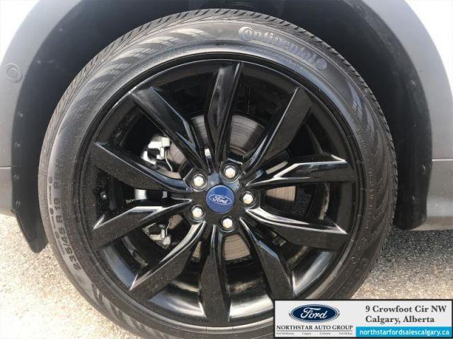 2019 Ford Escape Titanium 4WD  - $195 B/W