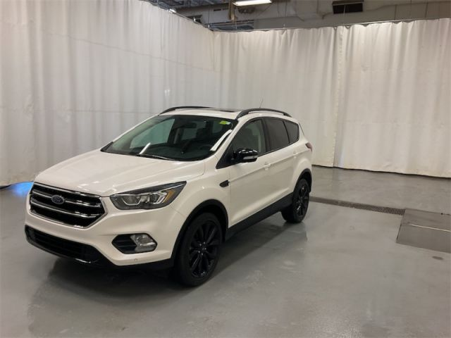 2019 Ford Escape Titanium 4WD   CERTIFIED PRE-OWNED