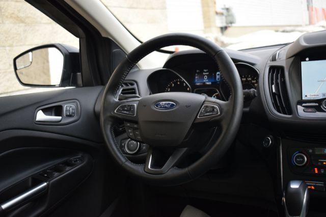 2019 Ford Escape Titanium 4WD  | HEATED SEATS & WHEEL | LEATHER |