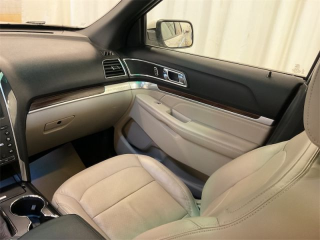 2019 Ford Explorer Limited 4WD  |ALBERTA'S #1 PREMIUM PRE-OWNED SELECTION